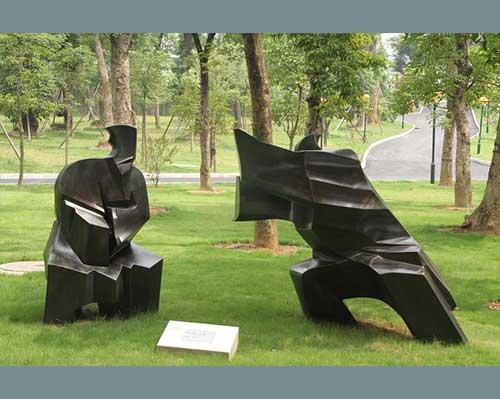 抽象人物玻璃钢雕塑