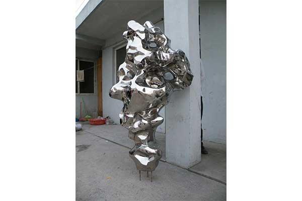 抽象不锈钢雕塑