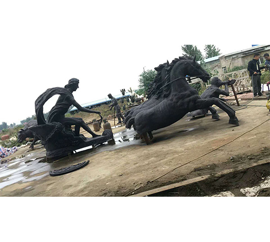 铸铜马雕塑厂家定做铜马雕塑