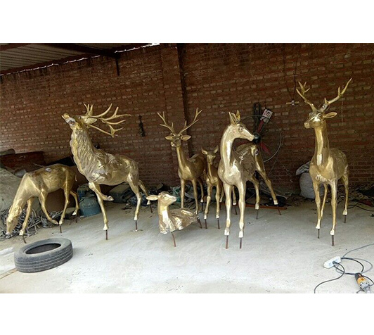 园林雕塑铜雕鹿/铸铜园林雕塑定做