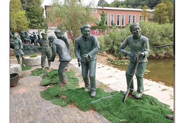 小区人物雕塑