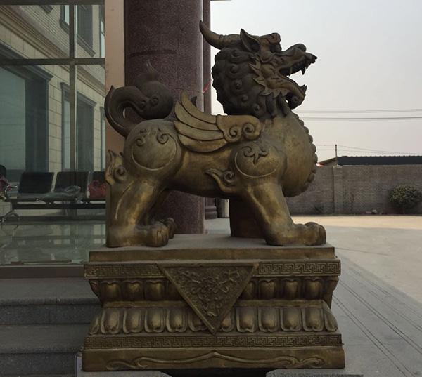 门口大型铜貔貅
