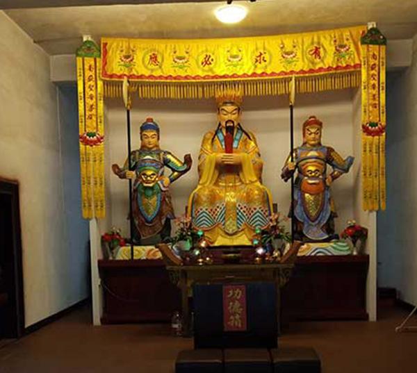 玉皇大帝铜像