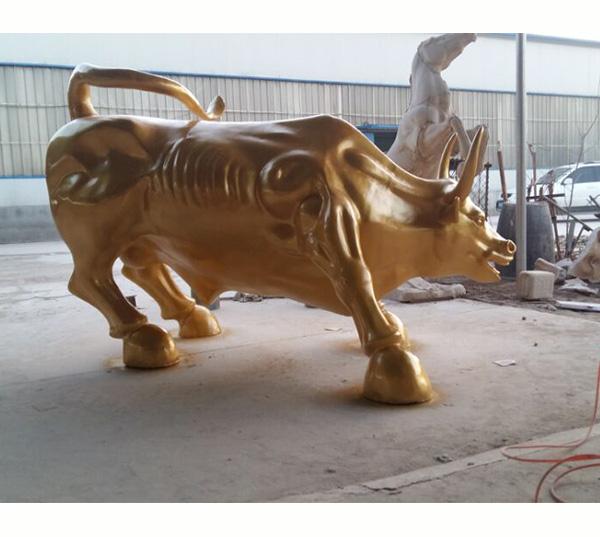 华尔街牛铜牛雕塑