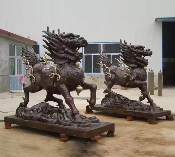铸铜麒麟雕塑