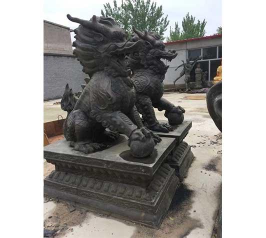 麒麟铜雕塑