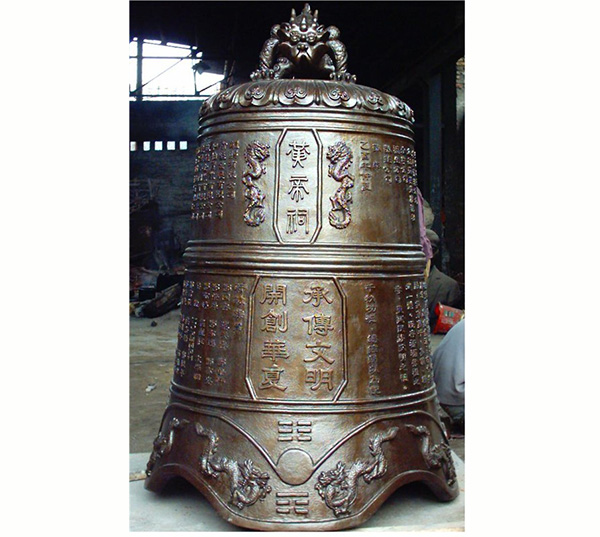 雕龙工艺铜钟图片