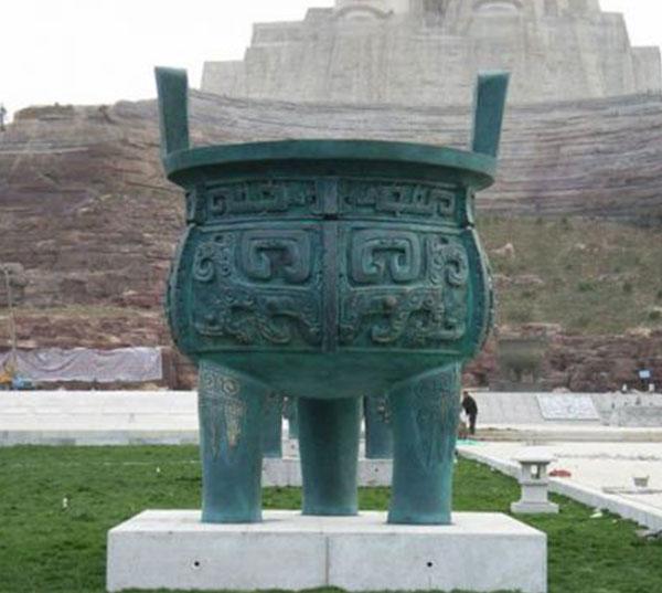 青铜器铜鼎雕塑