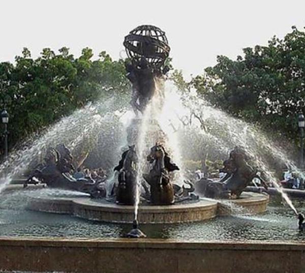 公园喷泉雕塑