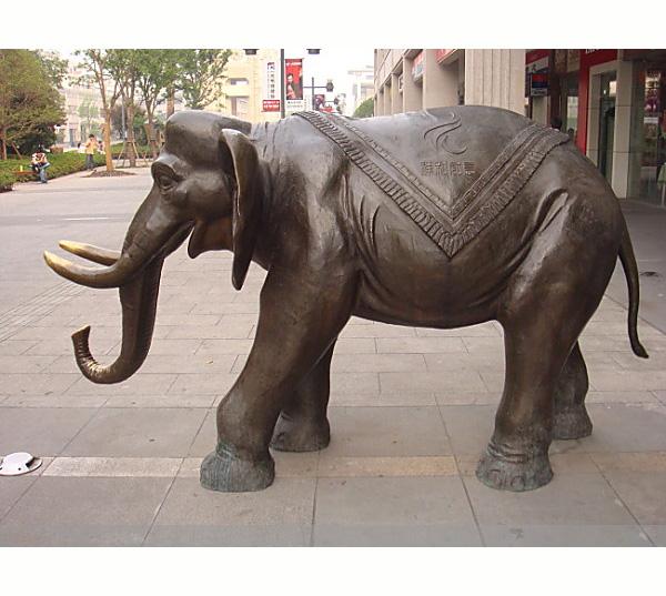 铜大象介绍图片