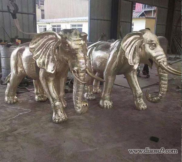 鎏金财富铜大象