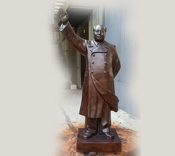 毛主席铜像图片